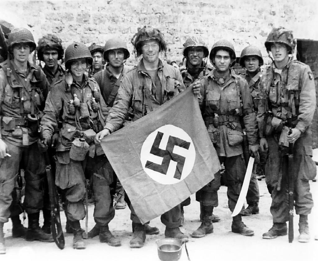 Αποτέλεσμα εικόνας για Ναζί, Χίτλερ, Β' Παγκόσμιος Πόλεμος.