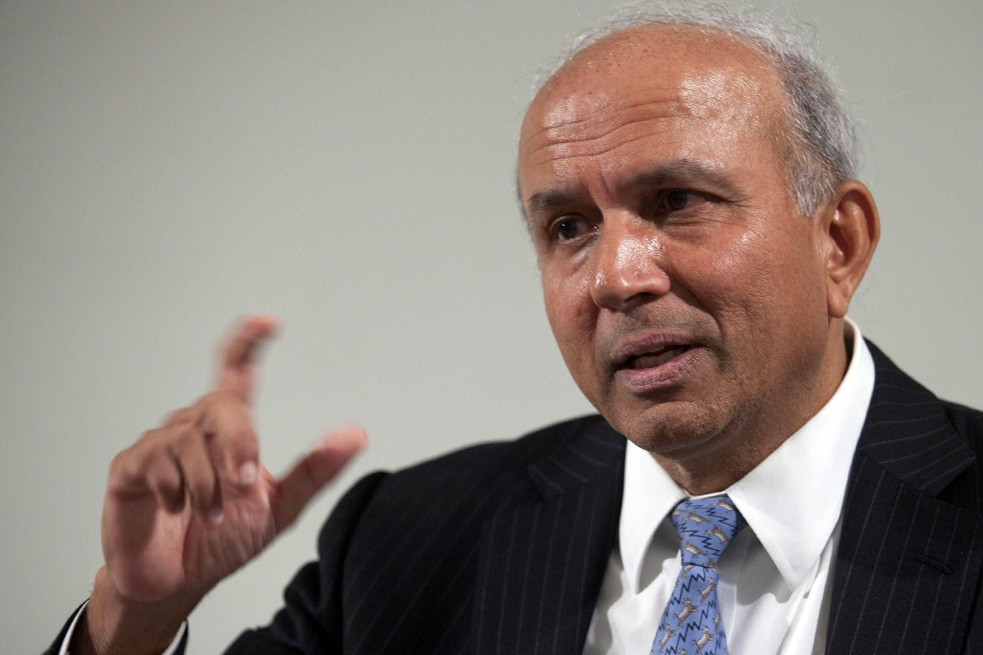 Prem Watsa, chief executive officer of Fairfax Financial Holdings Ltd., speaks at a news conference following the company's annual meeting in Toronto, Ontario, Canada, on Thursday, April 22, 2010. Photographer: Norm Betts/Bloomberg
