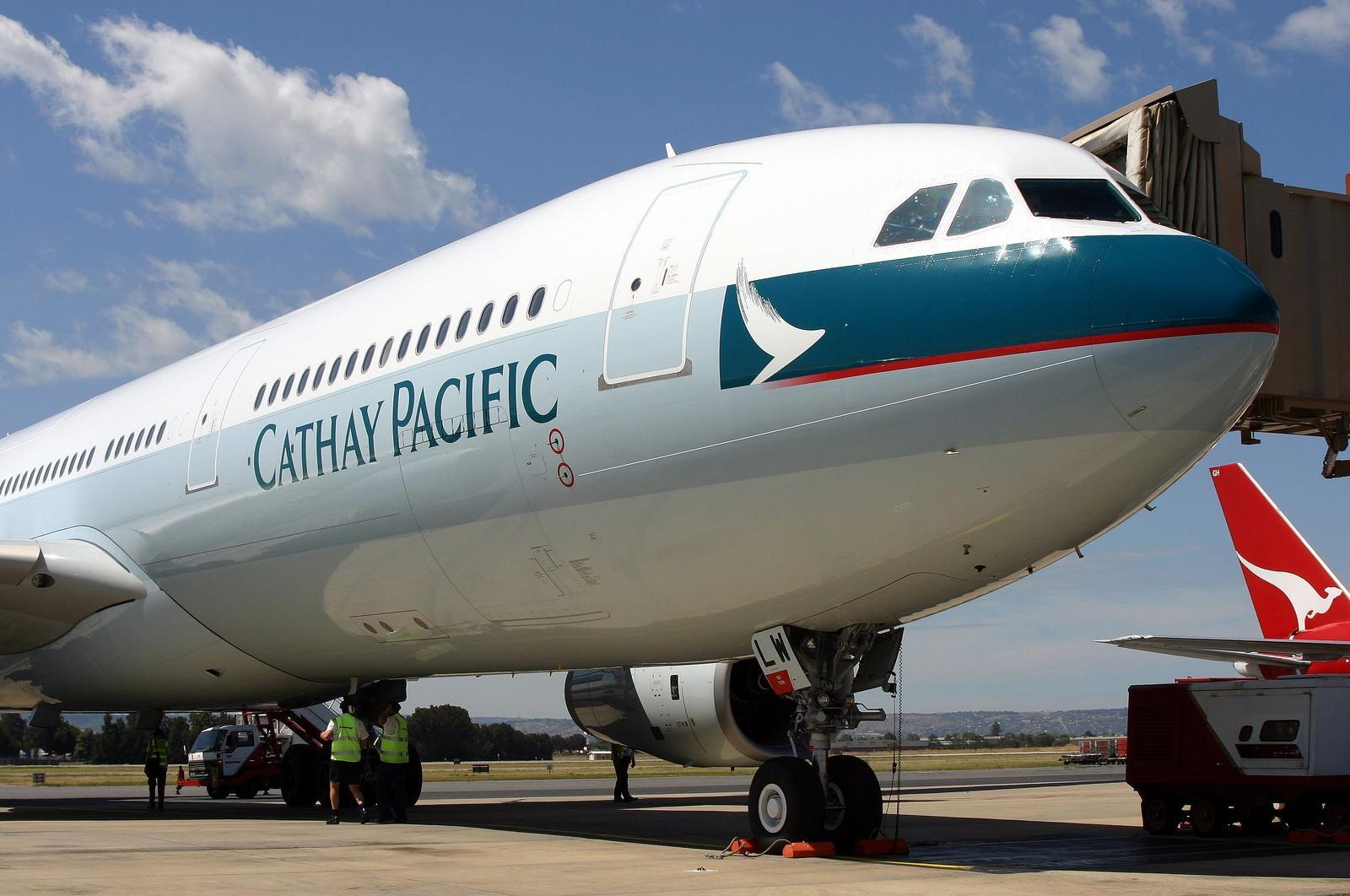 Airbus_A330-343X,_Cathay_Pacific_Airways_AN0561446