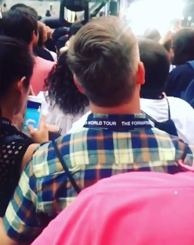 Γυναίκα παίζει Pokemon σε συναυλία της Beyonce και εξοργίζει θεατή, που στεκόταν πίσω της