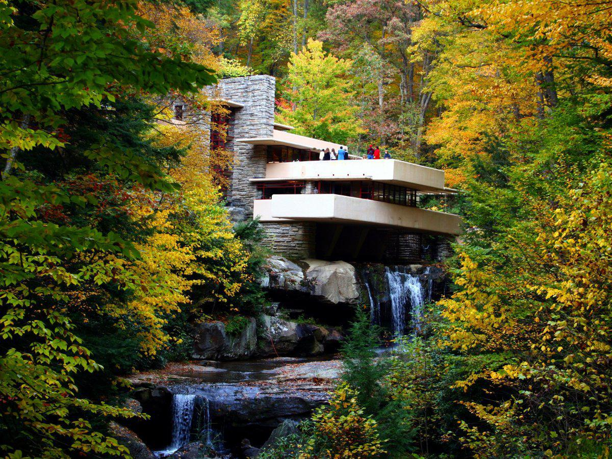 fallingwater-in-mill-run-pennsylvania