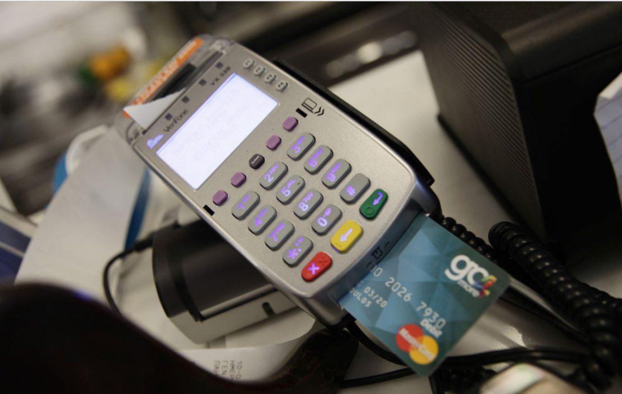 Ηλεκτρονικές συναλλαγές: Ποιες αποδείξεις έχουν έκπτωση φόρου - Νέα φορολοταρία με έπαθλα έως 100.000 ευρώ