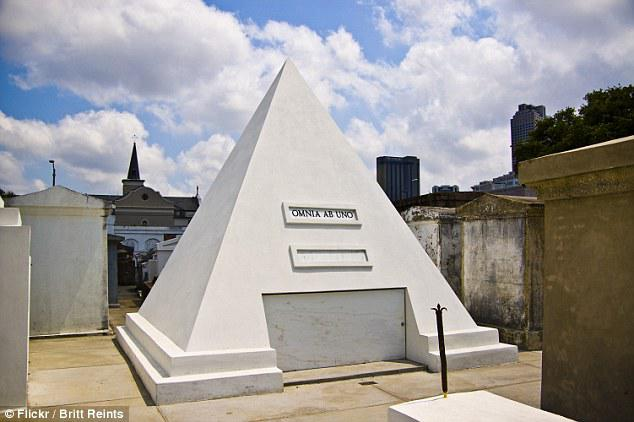 3CB3694600000578-4200614-Cage_s_pyramid_mausoleum_pictured_is_nine_feet_tall_and_only_has-a-40_1486562637415