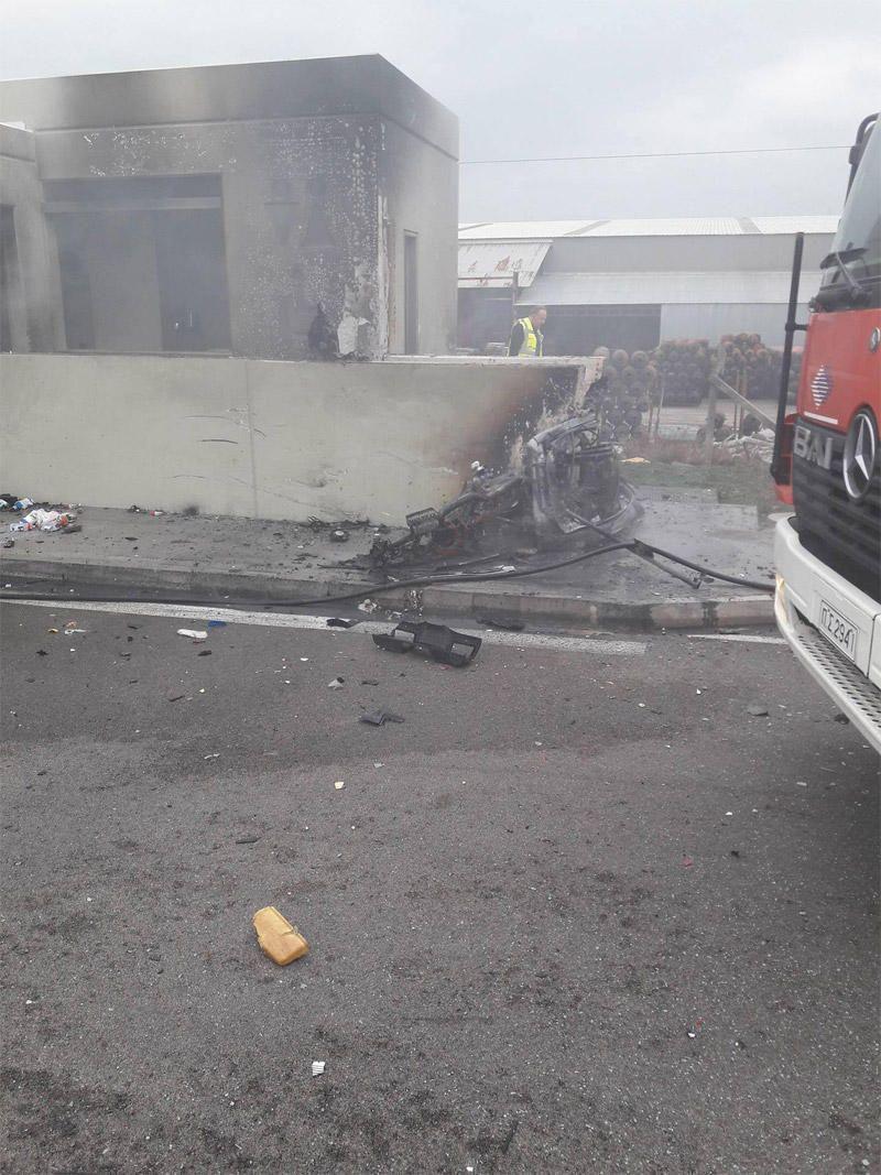 Εικόνα από το τραγικό δυστύχημα στην Αθηνών Λαμίας