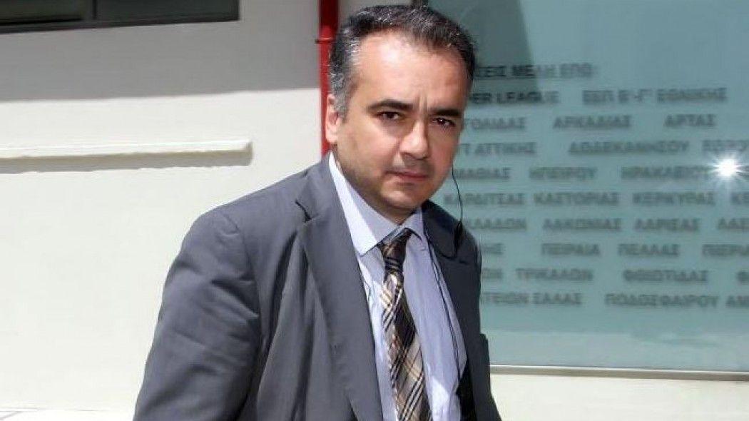 Δημήτρης Βερβεσός, Δικηγόρος