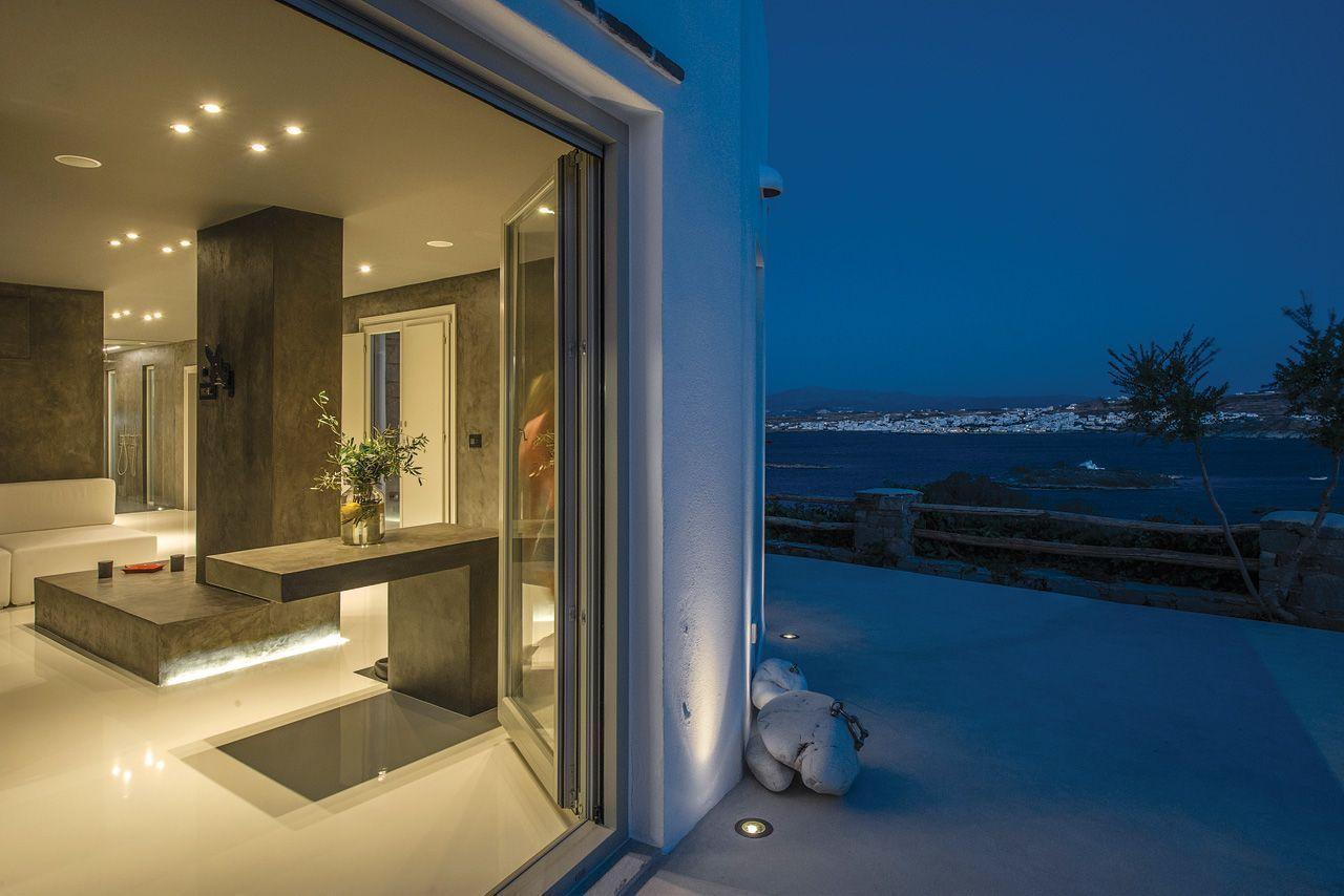 Αυτή η μοντερνιστική κατοικία στην Πάρο ακολουθεί τις νέες τάσεις της αρχιτεκτονικής!