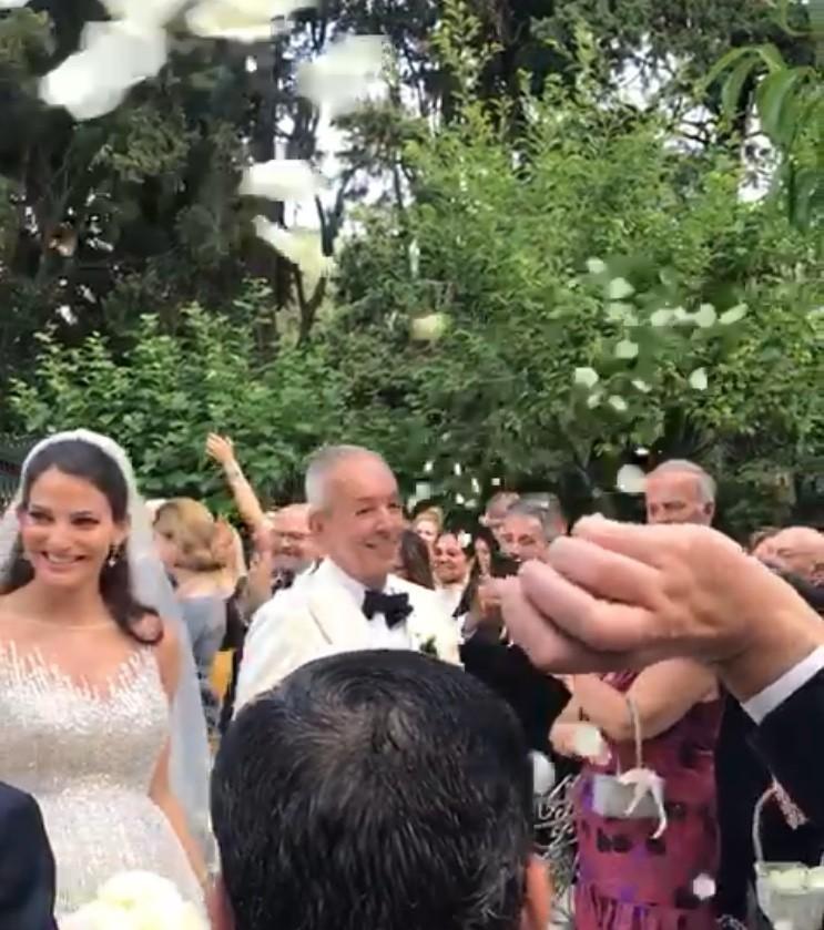 Γάμος χωρίς dating υπο Ινδονησία