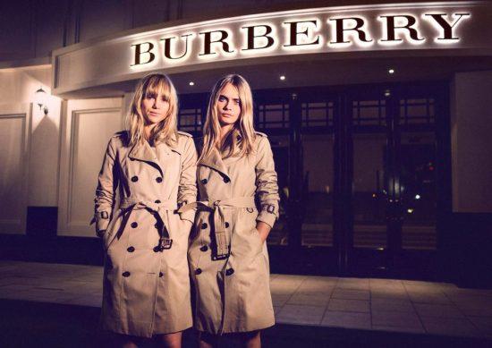 0fdca3b77602 «Στάχτη και Burberry»: Γιατί ο πολυτελής οίκος έκαψε ρούχα αξίας 90 εκατ.  λιρών