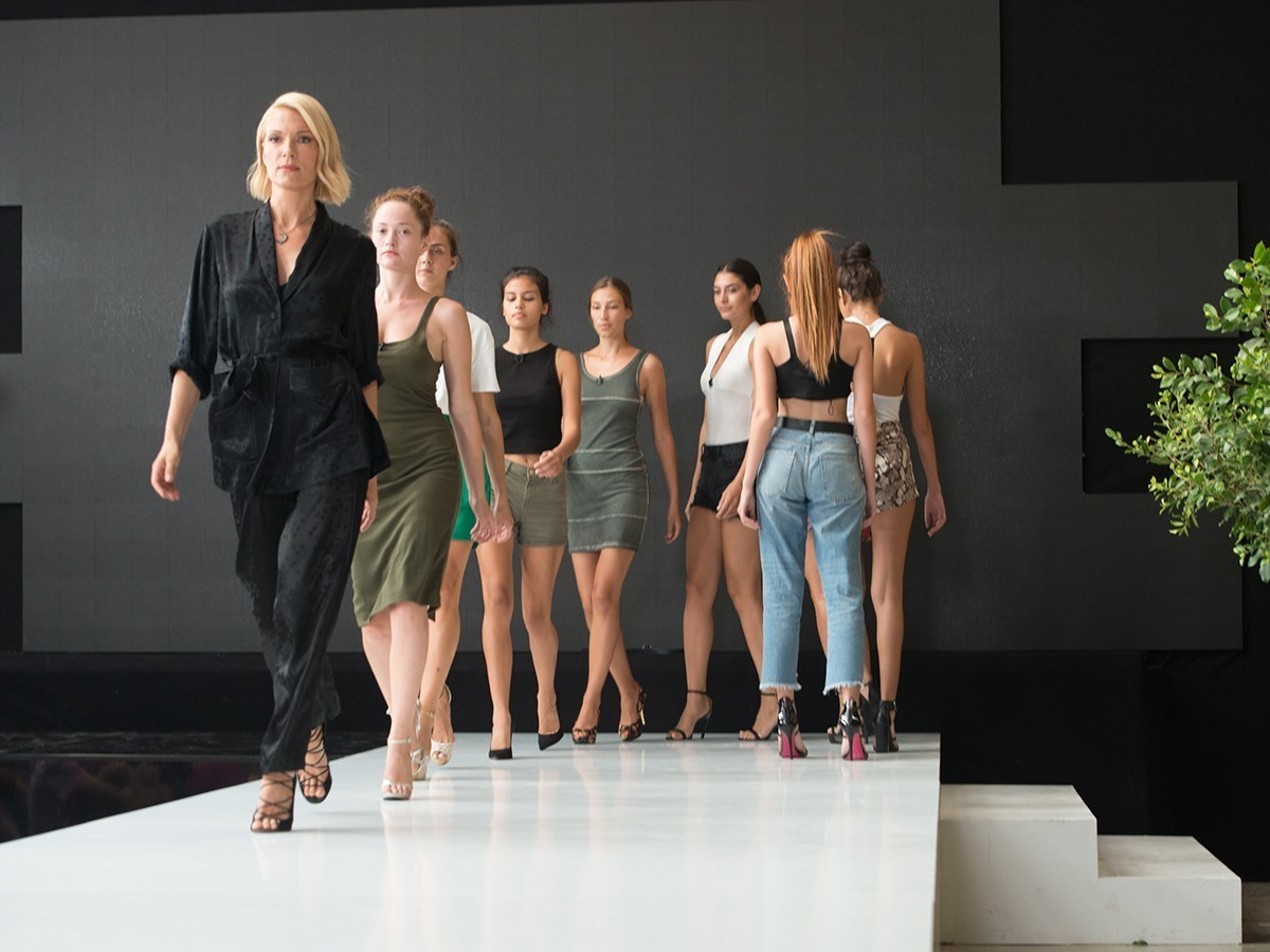greece's next top model-βικυ-καγια