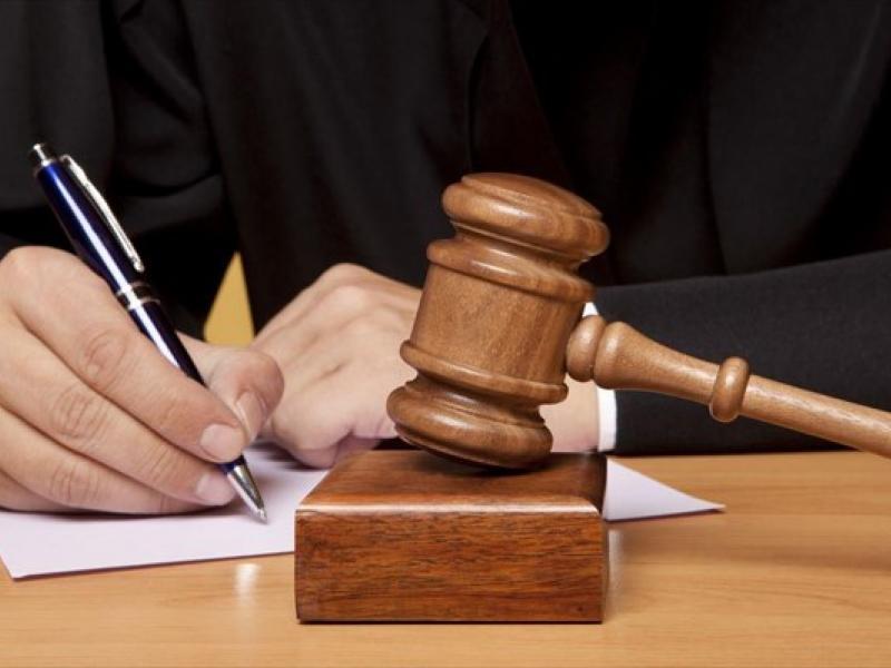 δικηγοροι