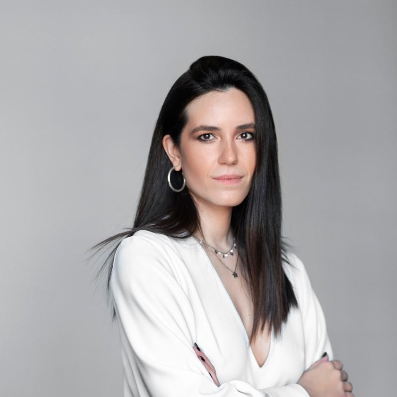 Μαρία Νεφέλη Χατζηιωαννίδου: Η «Υπέροχη Γυναίκα» που δίνει βήμα σε όσες έχουν ανάγκη να μιλήσουν