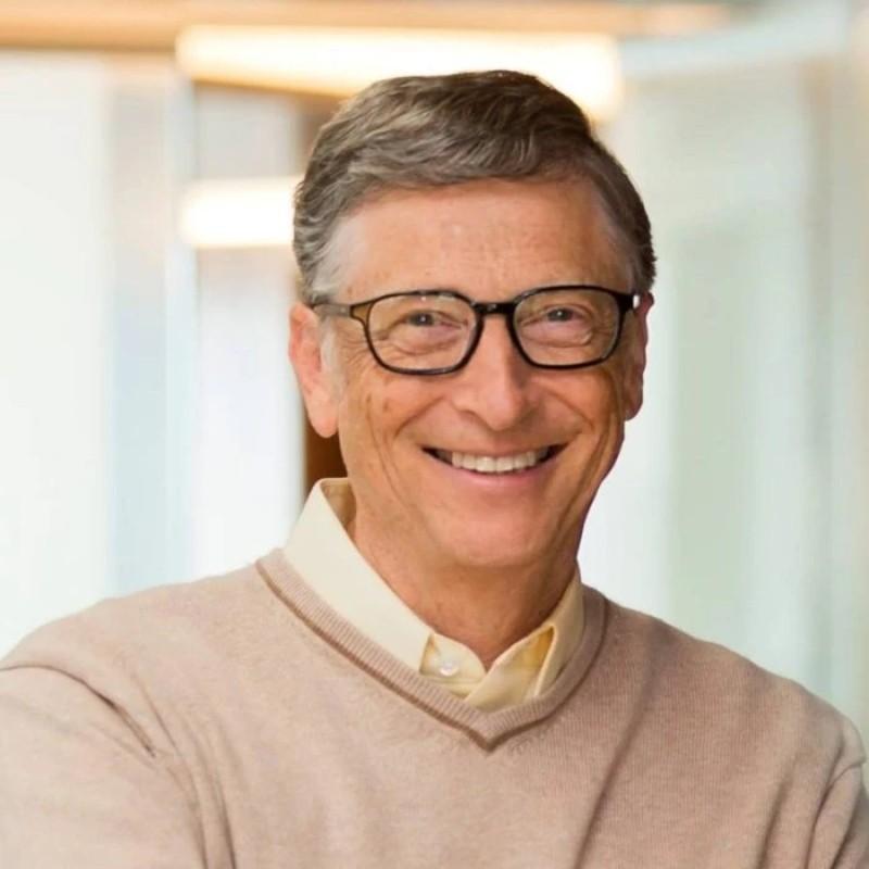 Μπιλ Γκέιτς: Η επιστροφή στην κανονικότητα θα έρθει μέχρι το τέλος του 2022