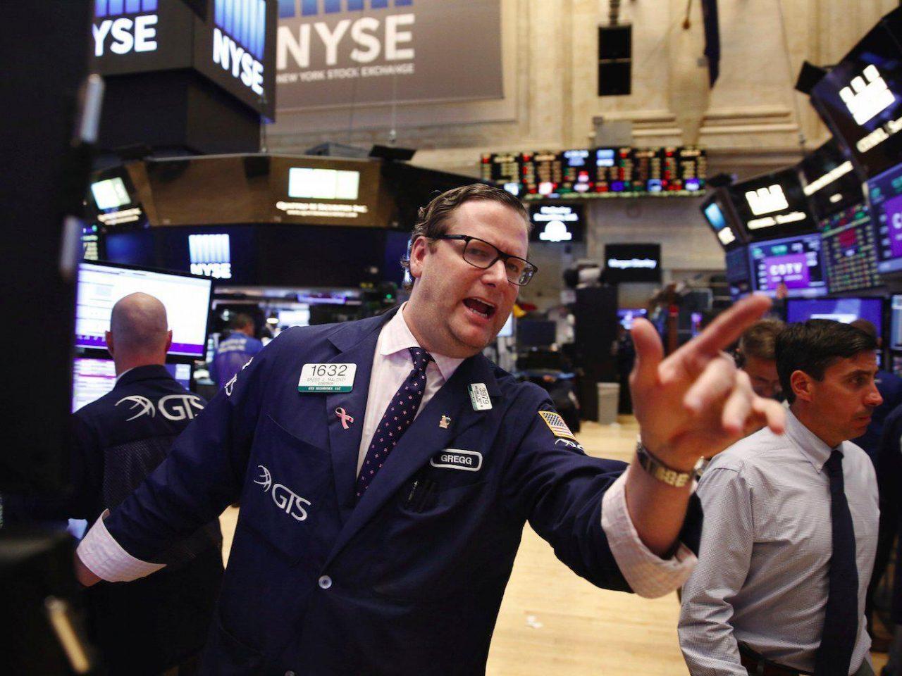 Wall Street: Μικτά πρόσημα στο άνοιγμα με το βλέμμα στα στοιχεία για την απασχόληση