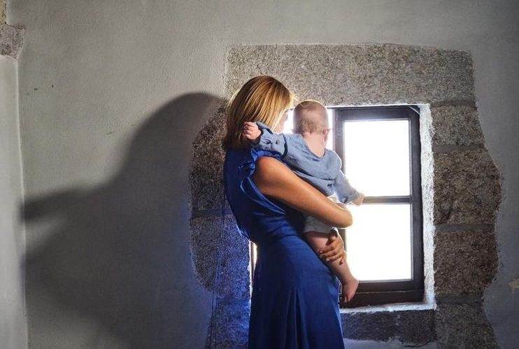 Τζένη Μπαλατσινού-Βασίλης Κικίλιας: Το φωτογραφικό άλμπουμ της βάφτισης και η μπομπονιέρα του Κικίλια Junior