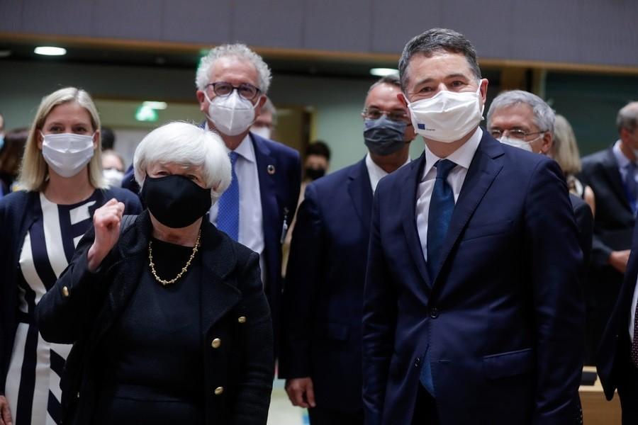 Σε εξέλιξη οι εργασίες του Eurogroup παρουσία της Τζάνετ Γέλεν