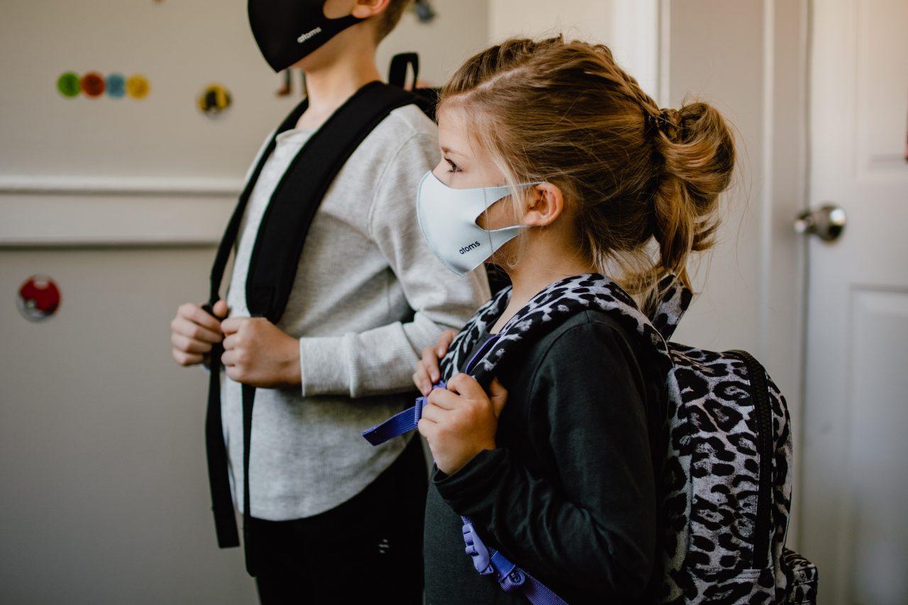 Γωνίες και αγωνίες μετά το άνοιγμα των σχολείων – Σχεδόν το 30% των κρουσμάτων αφορά σε παιδιά