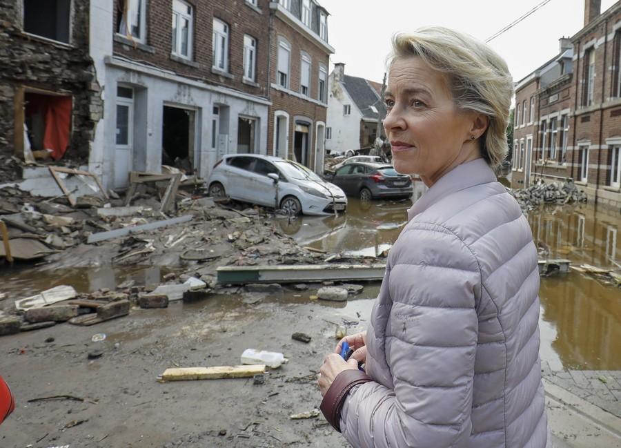 Φονικές πλημμύρες στο Βέλγιο: Στις πληγείσες περιοχές η Ούρσουλα φον ντερ Λάιεν