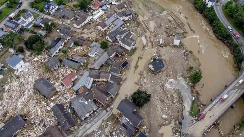 Γερμανικοί Σιδηρόδρομοι: Ιστορικής κλίμακας καταστροφή στις υποδομές προκάλεσαν οι πλημμύρες
