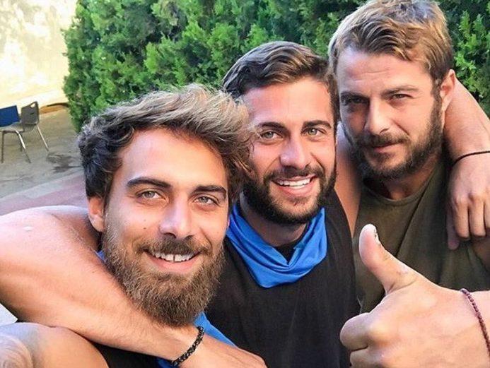 Ντάνος, Βασάλος, Καφετζής στο Survivor 5; Με ποιους συζητά ο Ατζούν