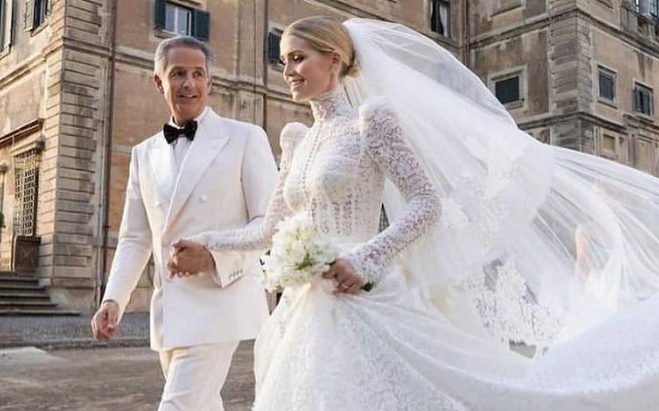 Κίτι Σπένσερ: Παραμυθένιος γάμος για την ανηψιά της πριγκίπισσας Νταϊάνα και τον δισεκατομμυριούχο σύντροφό της