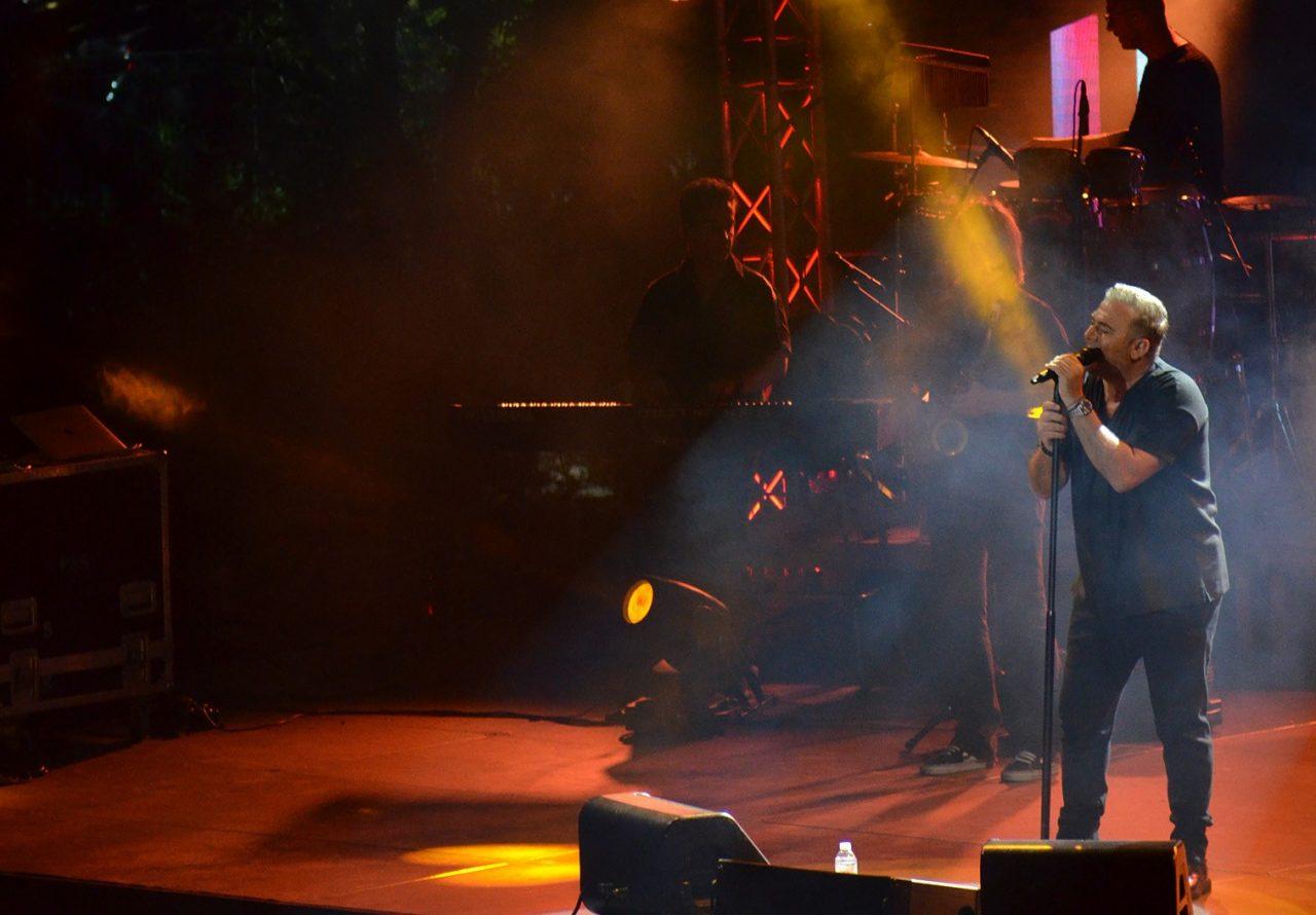 Η ΖeniΘ και ο Αντώνης Ρέμος ανέβασαν τη «Μουσική στο ΖeniΘ» με τρεις sold out συναυλίες σε Αθήνα και Θεσσαλονίκη!