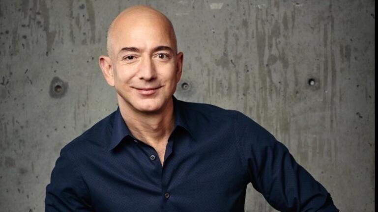Amazon: Αύξηση του μέσου ωρομισθίου και πρόσληψη 125.000 ατόμων