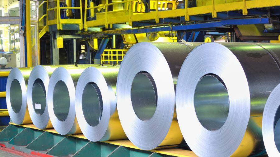 Οι τιμές ρεκόρ των βασικών μετάλλων προκαλούν πονοκέφαλο στις βιομηχανίες
